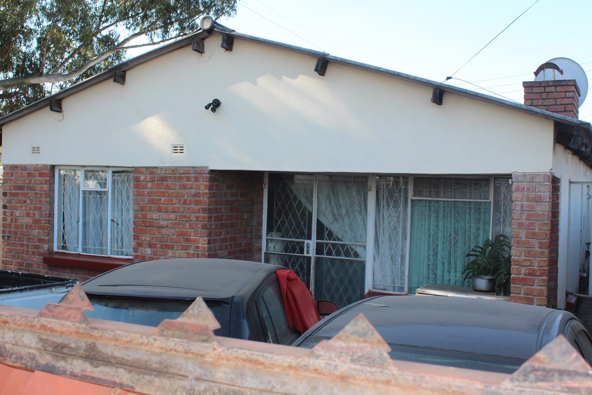 Property for Sale by Auction: Gweru